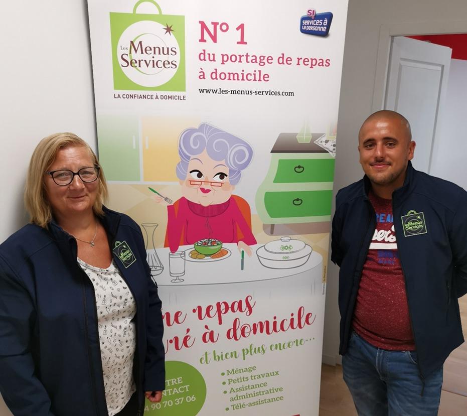 Equipe portage de repas à domicile à Orange, Carpentras, Vaison la rormaine et Bollène